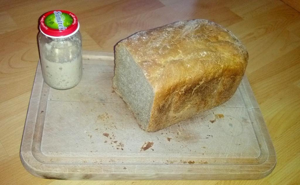 Chleba s kváskem z pekárny